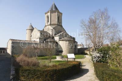 Église Saint-Jean l'évangile à Marigny