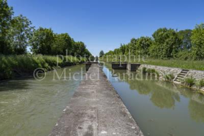 Canal de la Vielle-Autize - écluse