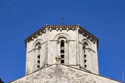 Église Saint Pierre de Fenioux, XIIe siècle